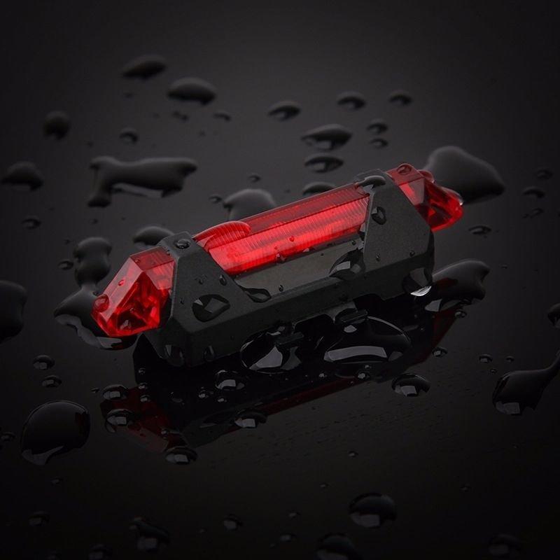 Dviračio galinis žibintas su USB