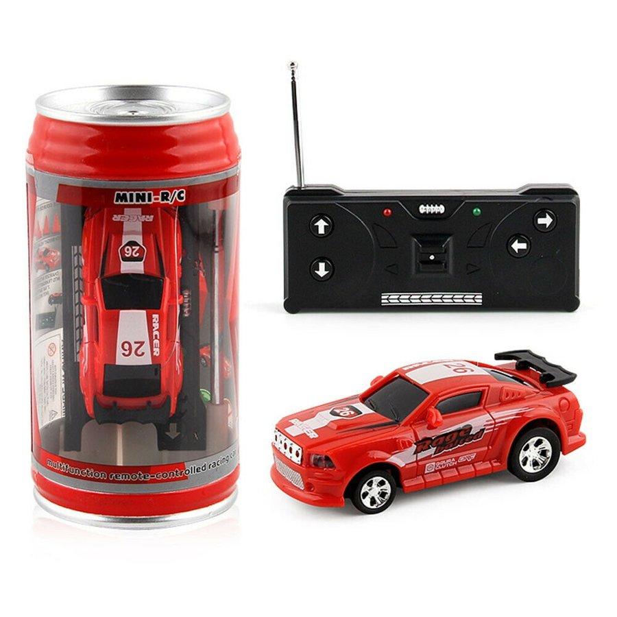 Mini automodelis su nuotoliniu valdymu